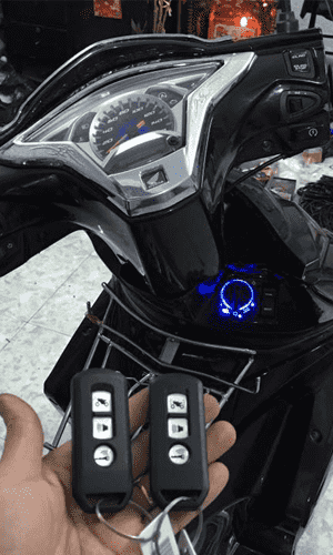 thay lắp khóa xe máy