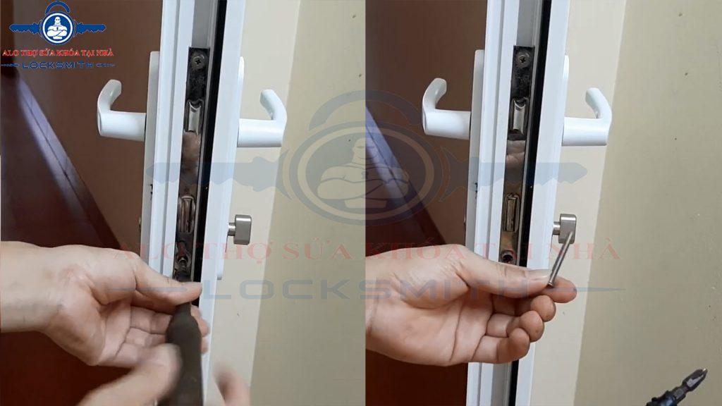Thay khóa cửa tay gạt
